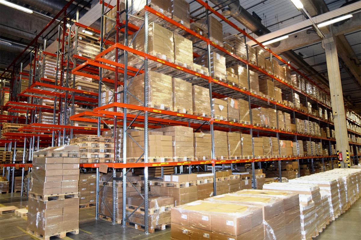 Palettenregale für die optimale Nutzung von Lagerraum